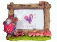 S 412 Рамка для фотографий из керамики ( Чебурашка с сердцем ) 10х15
