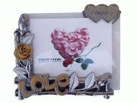 MR 723 Рамка для фотографий с фигурками (гориз.с розами)10х15