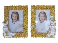 566 Рамка для фотографий из керамики (зайцы с монетами)